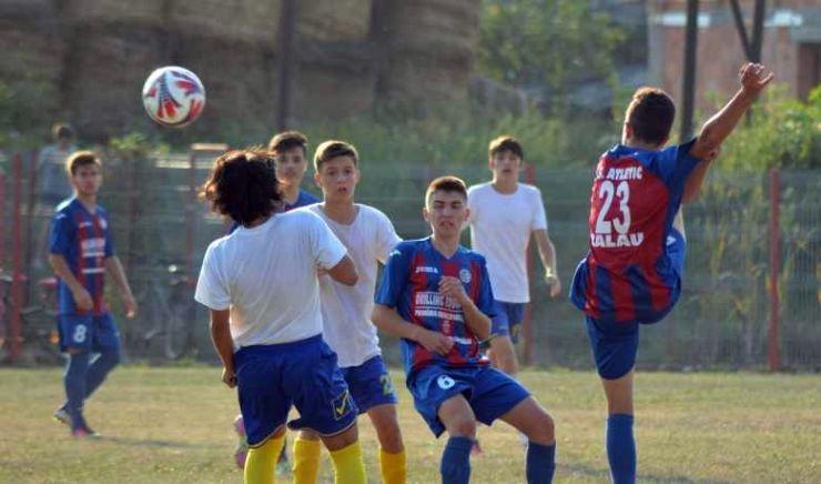 Fotbal juniori | O victorie, un egal și două înfrângeri pentru juniorii sătmăreni