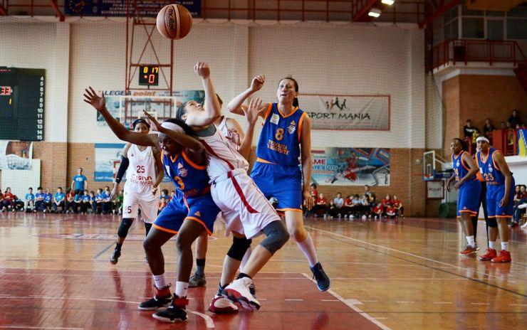 Baschet | Înfrângere pentru CSM Satu Mare. Duminică, la Târgoviște se joacă meciul decisiv