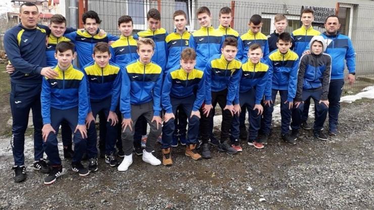 Juniori | Puștii de la LPS Satu Mare U15 se află în cantonament la Călinești