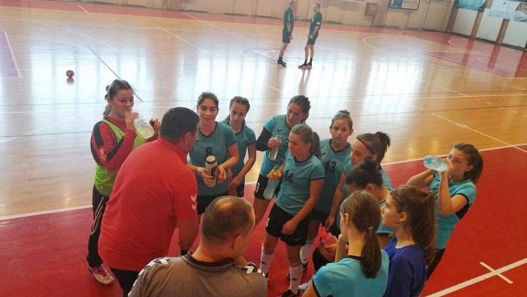 Handbal | Fetele de la LPS Atletik Satu Mare, locul 1 la junioare III