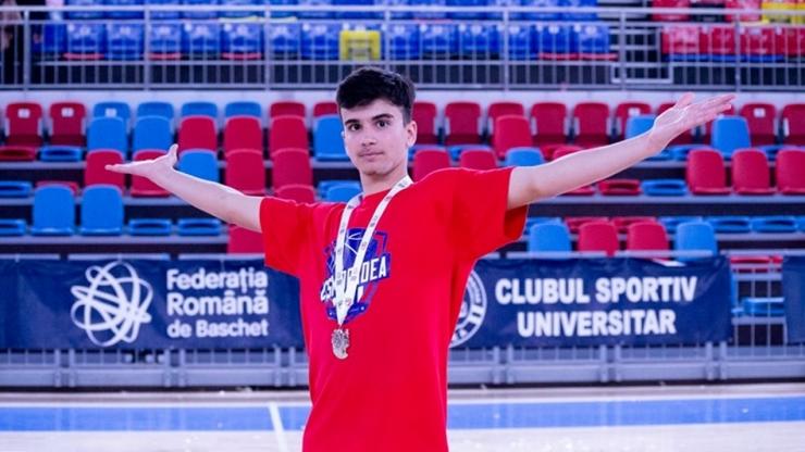 Baschet | Luca Năstruț, convocat la echipa națională U16 a României