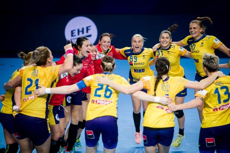 Handbal | România a învins campioana Europei și s-a calificat cu maxim de puncte în grupele principale ale Campionatului European