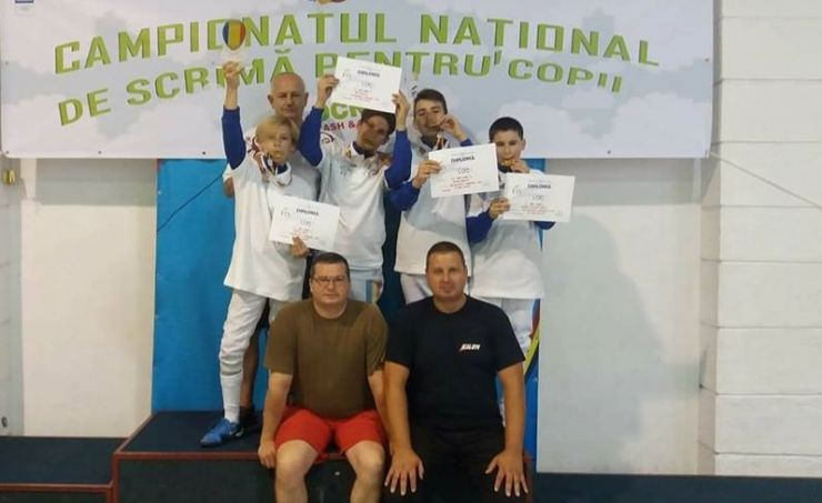 CS Satu Mare a câștigat Campionatul Național de scrimă în proba de floretă masculin echipe
