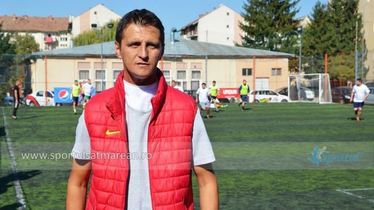 Tricouri ale Naționalei României, Stelei și Ferencváros, scoase la licitaţie pentru Attila Mandi!