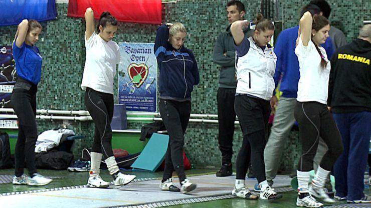 Lotul României de spadă feminin se va pregăti la Satu Mare