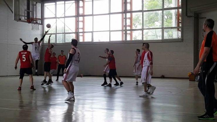 Baschet masculin | Luni începe o nouă ediție a campionatului județean
